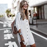 Inspirado BOHO de rollos largos de hasta manga de la camisa de las mujeres flojas playa túnica cubiertas superiores con cuello en V del botón de la blusa asimétrica bikini cubierta plano Blanco T200720