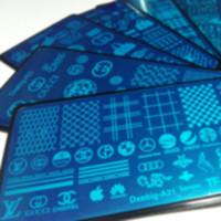 Plantilla polaca impresión del arte 10x LO GO Marca de la mariposa abstracta Líneas Rayas comprobaciones de diseño del arte del clavo que estampa la placa del sello Image Transfer placas