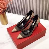 2020 블랙 레이스 높은 뒤꿈치 신부의 웨딩 신발 상자 뾰족한 발가락 여성 디자이너 8CM 하이힐 패션 리벳 소녀 파티 드레스 신발