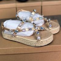 Designer chegadas novas sandálias de plataforma de couro das mulheres com sandálias de verão strass da Mulher e chinelos Sandálias banquetes OutD Straw