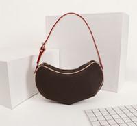 Alta Qualidade Fashion Designer de Luxo Bolsas bolsas Medieval Pea sob a axila do saco das mulheres marca de estilo clássico de couro genuíno Bolsas de Ombro