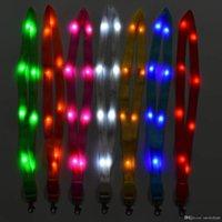 Neuheit LED LED up Beleuchtung Halsband Band Lanyard Schlüsselanhänger Abzeichen Hängende Spitze Seil Für Business ID Tasten Studenten Büroangestellter