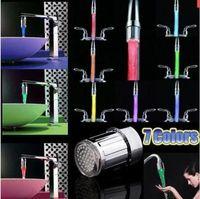 Новые моды светодиодного кран воды светового поток много цветов Изменения Glow душ носик Раковина Нажмите Head Кухня температуры датчика