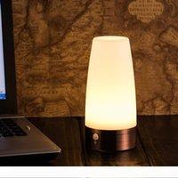 Retro Luz Noite PIR sem fio e sensor de movimento 3-Mode Lamp LED portátil Passo Indoor Light Sensitive com bateria alimentada Quarto Casa de Banho
