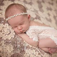 Mameluco del bebé recién nacido del bebé del cordón de los mamelucos del petti lindo bebés y niños pequeños Ropa de fotos Cordón suave Body diamante diadema HHA1451
