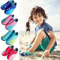 2020 New Beach Nuoto Sport anti calzini di slittamento scarpe Yoga fitness danza Swim Surf Immersione scarpe per i bambini D40