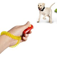 Dog Pet Clicker Formação Obediência Trainers Botão portátil Clickers Brinquedos Treinamento da agilidade do filhote de cachorro de som formadores com pulseira YFA2169-1