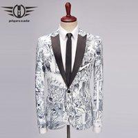 Plyesxale Uomini Blazer Design del fumetto di stile del Anime Moda Uomo stampato Blazer slim fit fase Blazers Hombre causale giacca Q469