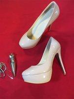 Designer de Luxo Mulheres Red sapatos de fundo plataforma Couro Pointed Toe Mulheres Bombas de salto alto sandálias sapatos de festa de casamento sapatos tamanho 35-41