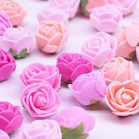 장식 꽃 화환 50 / 100 / 200pcs 2cm 미니 인공 꽃 머리 PE 거품 곰 DIY 결혼 생일 파티 데코 발렌타인 데이
