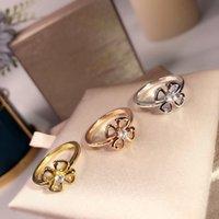 S925 plata de las señoras de los anillos La tecnología superior de alta calidad flor florete de la personalidad de la moda de lujo Bal envío libre del partido