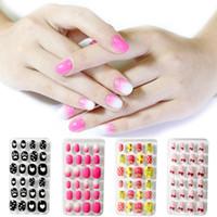 24Pcs / Set ABS coloré faux faux ongles Nail Stickers Cartoon enfants / adultes PARFAITEMENT Nail Art doigt Presse MINCEUR Nails Tr # 003