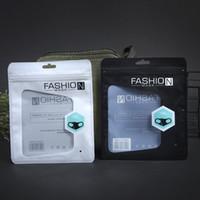 Bolsa de embalaje de la máscara inglesa transparente de alta calidad Plastic Selling Mascarillas personalizadas Masas de embalaje Blanco Negro 15x18cm gratis DHL