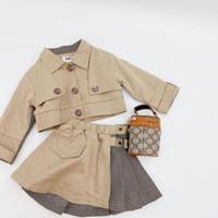 مصمم نمط الاطفال خندق معطف ملابس أزياء جديدة الأطفال التلبيب منقوشة خليط الكاكي قصيرة خندق معطف + مطوي التنانير 2PCS مجموعات A3685
