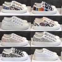 Женщины ходить «N» Косой Sneaker Серый Черный Белый Вышитые Хлопок с низким вырезом обувь Мода хлопок с Розой Mutabilis Тренеров Multicolor