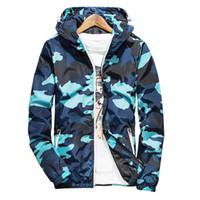 2020 Nueva Primavera otoño con capucha camuflaje chaqueta de los hombres delgados ligeros Chaquetas Cortavientos Chaqueta azul 5XL gota Shoping