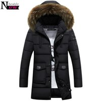 Jacket Collar Newbestyle Inverno Homens Long Parkas Fur Moda Masculina com capuz de algodão acolchoado Brasão Casual Quente acolchoado Casacos Casacos