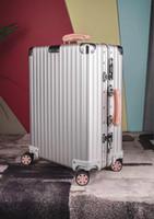 جودة عالية PC مكافحة ارتداء الجمارك TSA المادي قفل سميكة ملغ-شركة سبائك حقيبة زاوية كبيرة قدرة السفر حالة حالة الهواء 20/26/29 inche