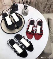Designer Sandales en cuir 2019 été nouvelles chaussures pour dames produits sandales de plage à fond plat-romain bouton métal chaussures sexy femme Banquet 41
