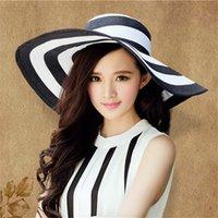 Été femmes chapeaux de soleil Visor Big Brim blanc noir classique rayé Chapeau de paille de plage décontractée en plein air Cap pour les femmes Protection UV Y200619