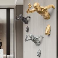 Kreative Skulptur Laufender Mann Rennsport gegen Zeit FGURINE Wand Dekoration Prämus 3D Figuren Wohnkultur Wandhängende Ornament T200710