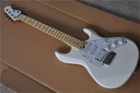il trasporto di musica libera chitarra bianca, ernie guiar palla, firma silhouette SPECIALI, SSH pick-up bianco, acero tastiera in 24 tasto, corpo in tiglio