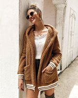 Stylistes origine fourrure Femme Automne Hiver épais Femmes mode Pull en laine haut Wrap Cardigan Châle pulls chauds veste manteau décontracté