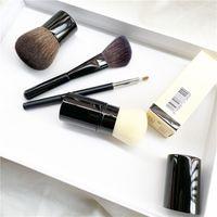 CC Retractable Kabuki Pincel / Petit Pinceau Kabuki angular Escova / Contorno - Qualidade Blush / Pó Foundation Makeup Brushes