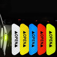 Sticker Araba Kamyon Römork Otomatik Uyarı 4pcs / set Araba Kapı Açık İstemi Karşıtı Çarpışma Yansıtıcı Çıkartma Bant Gece Sürüş Güvenliği Dikkat