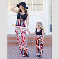 Aile Eşleştirme Elbiseler Yaz anne kızı Kolsuz Elbise Yeni Anne Ve Me printting Parti Elbise