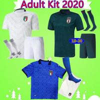 성인용 키트 Maglie da Calcio 이탈리아 2020 2021 totti insigne 홈 푸른 세 번째 녹색 멀리 화이트 망 정장 축구 유니폼 세트 축구 셔츠