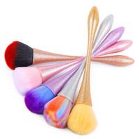 الجملة التدرج الملونة ملونة فرشاة تنظيف إزالة مسحوق ماتي مقبض مسمار الفن مانيكير باديكير لينة الغبار تنظيف فرش أدوات ماكياج