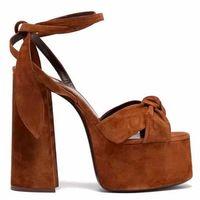 14cm Absatz-Plattform-Sandelholz-europäische Berühmtheit Street Fashion geknotete Leder-geöffnete Zehe-Schuh-Knöchel Riemchen Sommer Gladiator Sandalen