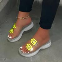Chinelos 2021 mulheres sapatos plataforma plana verão transparente geléia sandálias claras de pé aberto senhoras ao ar livre slides feminino flip flops