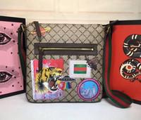 adam için Baskılı ve nakış kaplan kuş Askılı çanta gerçek deri crossbody çanta Messenger çanta 29cmx 27.5cmx 3.5cm # 406408