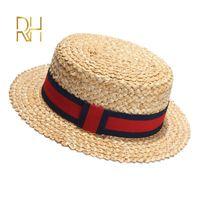 Été Femme naturel Stiff blé Canotier Fedora Flat Top Hat Femmes Plage Flat Brim Cap Avec Rouge Marine Stripe ruban RH Y200619
