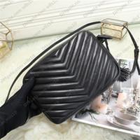 높은 품질의 여성 핸드백 SOHO DISCO 가방 정품 가죽 술 지퍼 어깨 가방 여성 크로스 바디 백 3 색 크기 23 * 16 * 6cm YB19