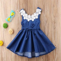Ins мода летние девушки юбки без рукавов джинсовые платья кружева шеи дизайнер синие спинки одно кусок платье дети девушки день рождения одежда ly708