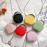 Art und Weise der neuen Mädchen Shell Handtaschen Kinder Brief Kuriertasche Luxus-Kind-Parteihandtasche Mädchen einzelne Schulterbeutel A3736 Kette
