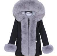 Lavish cinza pele de raposa casaco com capuz guarnição e Placket Maomaokong branco para baixo de preenchimento revestimento preto longo casaco manga pele corte de inverno casacos quentes