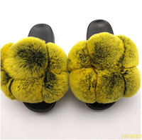 Pom Pom Fur Slides Mulheres Fur Chinelos Furry falhanço das senhoras Bola bonito Fluffy Plano Sandals real Raccoon do arco-íris Shoes