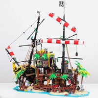 In Stock 698998 2545pcs Idea Series Pirates of Barracuda Bay...