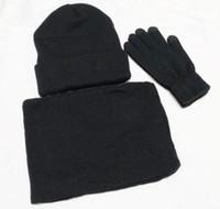 Yeni Tasarımcı Şapka Atkılar Eldiven Setleri Moda Eşarp Eldiven Bere Soğuk Hava Aksesuarları Kaşmir Hediye Setleri Erkekler için Kadınlar