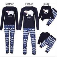 Casual Apparel Matching Family Christmas Pajamas Womens Autumn Designer Sleepwear Long Sleeve Crew Neck Underwear 2Pcs Style