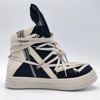 2020ss Exclusivo alta superior de cuero genuino cordones transversales clavada geo-cesta y botas de rock de la calle blancas Negro