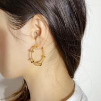 Boucles d'oreilles délicates Boucles d'oreilles Vis classiques 18K montrent le tempérament unique de l'atmosphère féminine cadeaux exquis pour les femmes