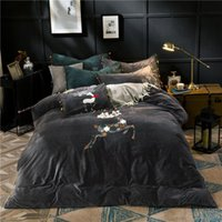 4pcs Crystal Flannel Elk Bedding set Winter Warm Fleece Towel embroidery Duvet cover set Bed Sheet Queen King size bed linen