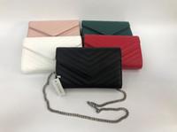 2020 Sacs à main de designer Chaîne en métal Gold Silver Designer Sac à main en cuir véritable sac à bandoulière diagonale avec poussière
