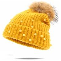 Beanie / Kafatası Kapaklar Moda Inci Yün Kasketleri Kadınlar Gerçek Doğal Kürk Ponpon Örme Şapka Kadın Beanie Cap Kış Için