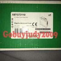 Novo na caixa Schneider XBTGT2110 Um ano de garantia